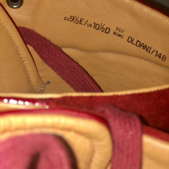 Bally redish/cranberry Athletic