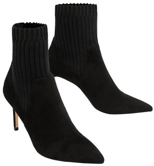 Preload https://img-static.tradesy.com/item/24097575/zara-black-sock-style-ankle-bootsbooties-size-us-5-regular-m-b-0-1-540-540.jpg