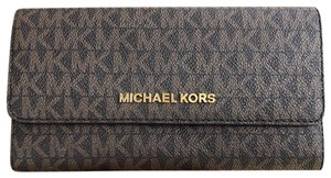 Michael Kors Michael Kors Jet Set Travel PVC Large Trifold Wallet Brown MK Mulberry - item med img