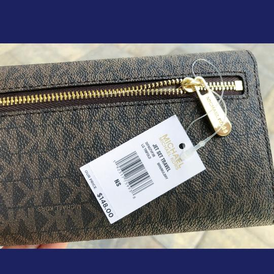Michael Kors Michael Kors Jet Set Travel PVC Large Trifold Wallet Brown MK Mulberry