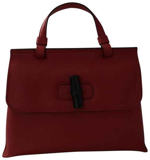 Preload https://img-static.tradesy.com/item/24097607/gucci-top-handle-style-370831-red-leather-tote-0-1-540-540.jpg