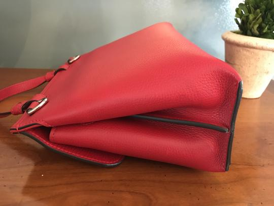 Gucci Bamboo Tote in Red Image 3