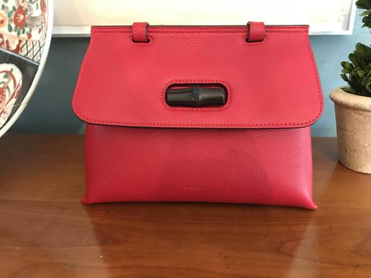 Gucci Bamboo Tote in Red Image 4