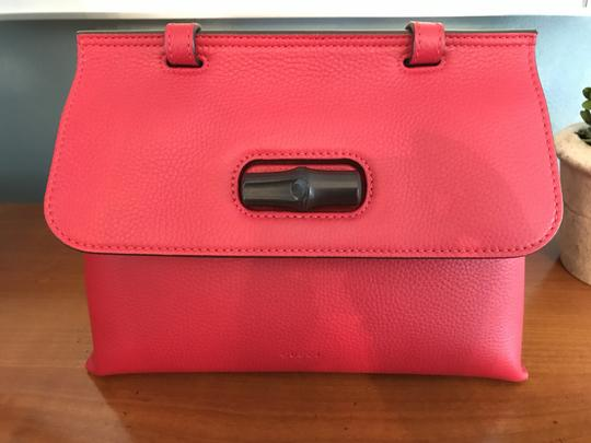 Gucci Bamboo Tote in Red Image 6