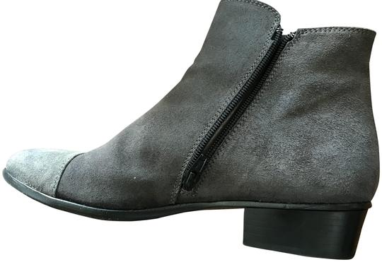 Preload https://img-static.tradesy.com/item/24097636/attilio-giusti-leombruni-gray-agl-ankle-nubuck-leather-with-lighter-cap-toes-bootsbooties-size-eu-41-0-1-540-540.jpg
