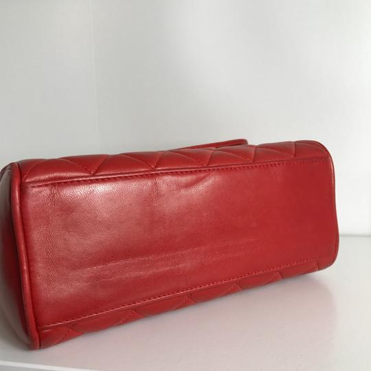 Chanel Satchel in red Image 3