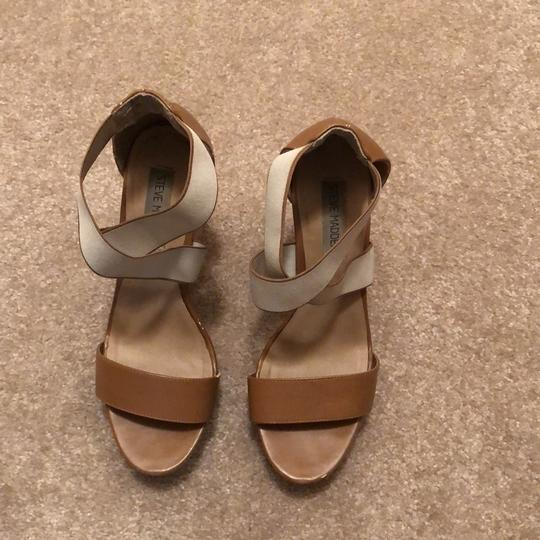 Steve Madden Nude Leather Wedges