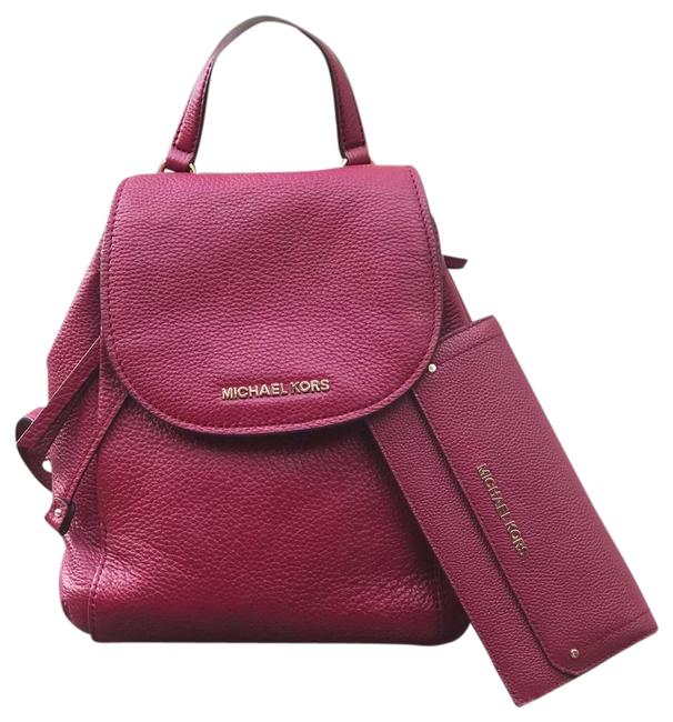 Michael Kors 2pcs Riley Medium Burgundy Bundled W/Wallet Mulberry Pebbled Leather Backpack Michael Kors 2pcs Riley Medium Burgundy Bundled W/Wallet Mulberry Pebbled Leather Backpack Image 1