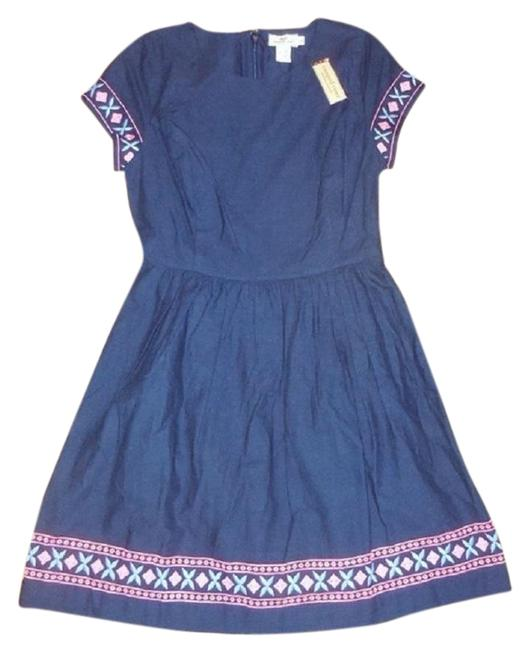 Preload https://img-static.tradesy.com/item/24097854/vineyard-vines-blue-embroidered-cotton-short-casual-dress-size-4-s-0-2-650-650.jpg