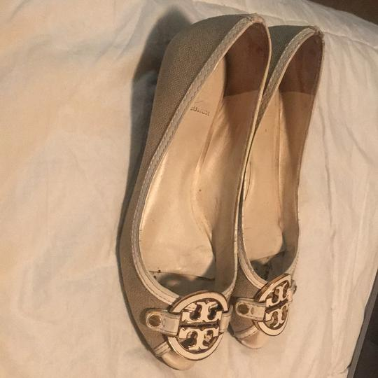 Tory Burch white/ tan Wedges