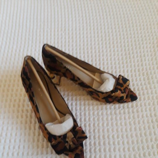 Ann Taylor Leopard, Brown multi Pumps