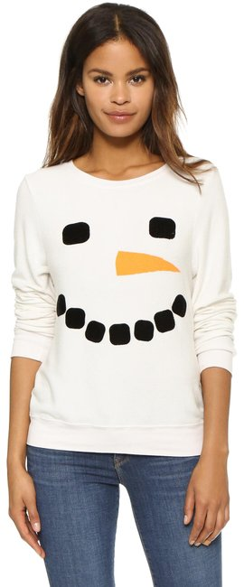 Preload https://img-static.tradesy.com/item/24098342/wildfox-white-couture-frosty-face-snowman-baggy-beach-jumperpullover-in-xs-sweatshirthoodie-size-2-x-0-1-650-650.jpg