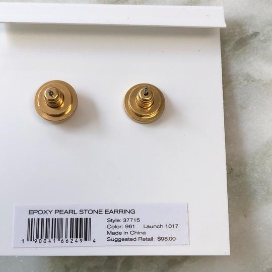 Tory Burch EPOXY PEARL STONE EARRINGS Image 4