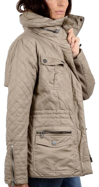 Item - Beige Zipper Quilted Jacket Size 12 (L)