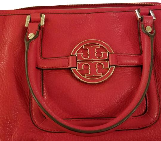 Preload https://img-static.tradesy.com/item/24098605/tory-burch-shoulder-red-suede-leather-satchel-0-3-540-540.jpg