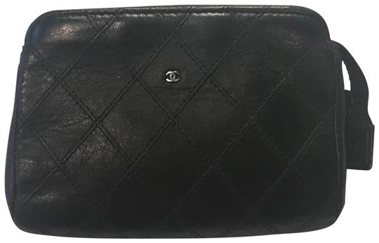 Preload https://img-static.tradesy.com/item/24099230/chanel-black-quilted-pouch-pochette-zippy-cosmetic-bag-0-1-540-540.jpg