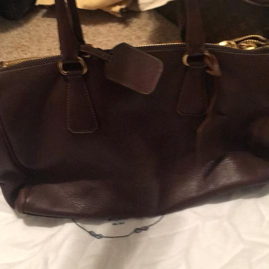Prada Tote in brown Image 7