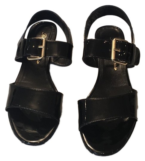 Preload https://img-static.tradesy.com/item/24099691/black-slingback-sandals-size-us-7-regular-m-b-0-1-540-540.jpg