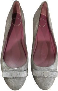 Marc by Marc Jacobs Bow Logo Metallic Leather Comfortable Silver Flats