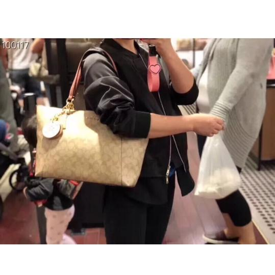 Coach Tote in Vintage Pink/Light Khaki Image 11