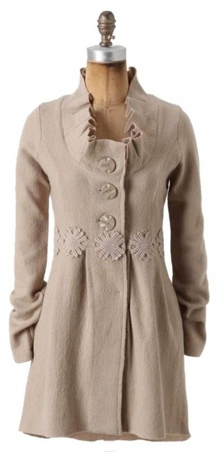 Item - Beige Alice In Autumn Sweater By Charlie & Robin Coat Size 6 (S)