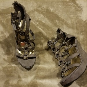 Payless Gray Wedges
