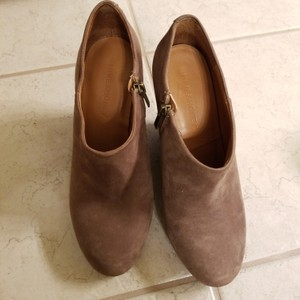 Hive & Honey Greige (Brown) Boots