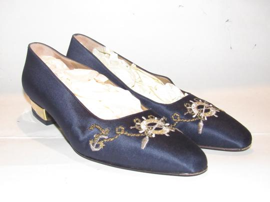 St. John Almond Toes Nautical Theme Mint Condition Gold Metal Heels navy blue satin and leather Flats Image 9
