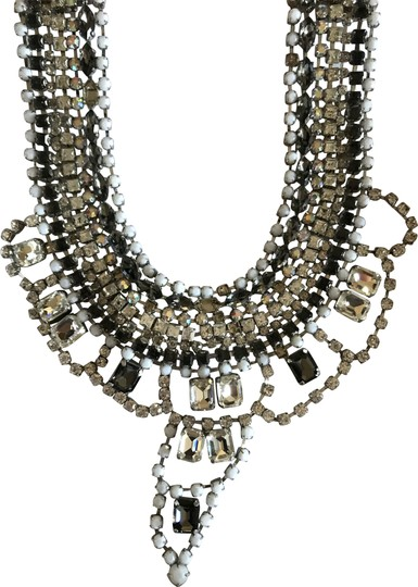 Preload https://img-static.tradesy.com/item/24103055/juicy-couture-black-and-white-statement-necklace-0-2-540-540.jpg