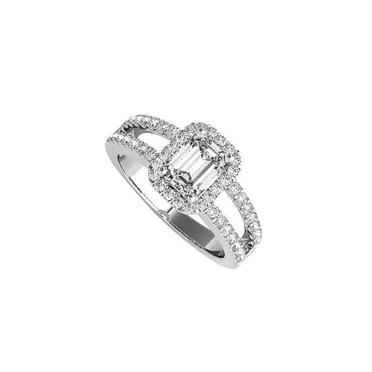 Preload https://img-static.tradesy.com/item/24103092/white-emerald-cut-cz-halo-engagement-in-14k-gold-ring-0-0-540-540.jpg