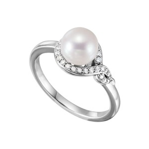 DesignByVeronica 925 Silver Freshwater Cultured Pearl and CZ Bypass Ring