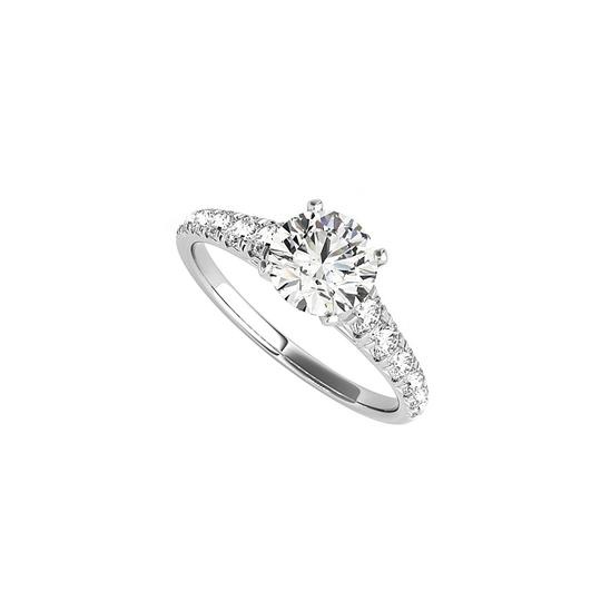 Preload https://img-static.tradesy.com/item/24103345/white-round-cz-accented-engagement-in-14k-gold-ring-0-0-540-540.jpg