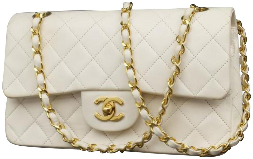 9a95570e59a8 Chanel Classic Flap Quilted Lambskin 229517 White Leather Shoulder ...