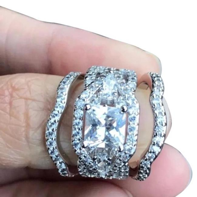3 Pc 18k White Gold Plated Set Size 10 Ring 3 Pc 18k White Gold Plated Set Size 10 Ring Image 1