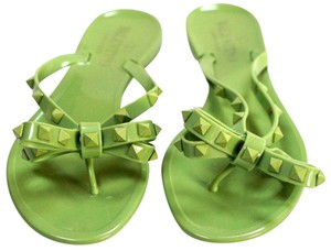 Valentino New Great Value Green Sandals