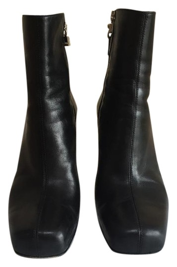 Preload https://img-static.tradesy.com/item/24105050/versace-collection-black-scrape-donna-in-nappa-sd054a-na1-130n-350-bootsbooties-size-eu-35-approx-us-0-1-540-540.jpg