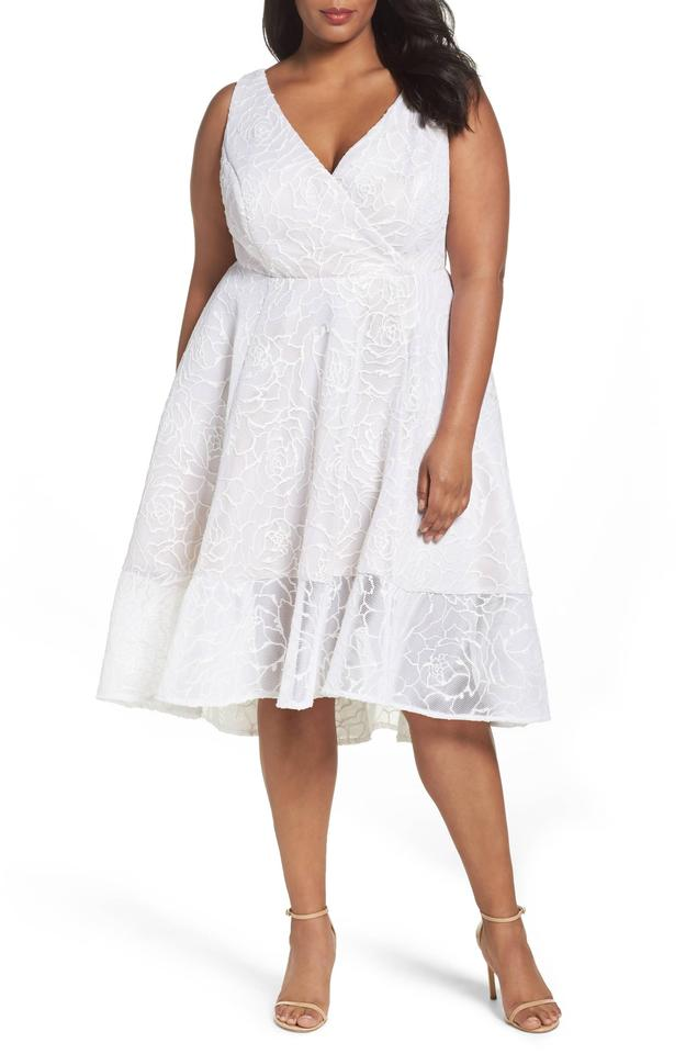 9fa4fca5a91 Adrianna Papell Ivory Nude Bonded Mesh High Low Cocktail Dress. Size  20 ( Plus ...