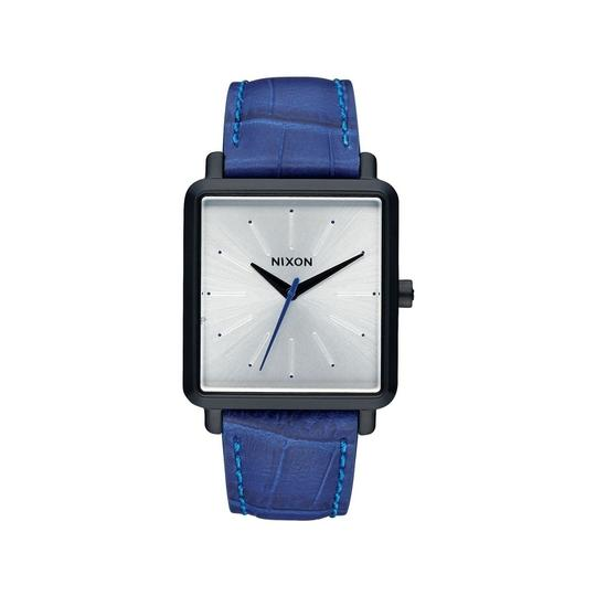 Preload https://img-static.tradesy.com/item/24106029/nixon-a472-2131-men-s-blue-leather-bracelet-with-silver-analog-dial-watch-0-0-540-540.jpg