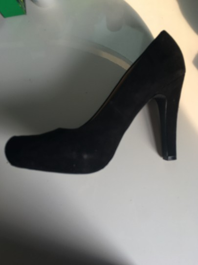 Material Girl Pump Velvet black Platforms
