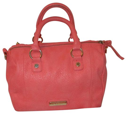 Preload https://img-static.tradesy.com/item/24106251/steve-madden-convertible-faux-leather-coral-man-made-cross-body-bag-0-1-540-540.jpg