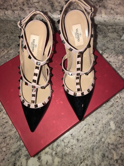 Valentino Black/Nude Pumps