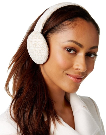 Preload https://img-static.tradesy.com/item/24106490/charter-club-ivory-chenille-earmuffs-hat-0-1-540-540.jpg