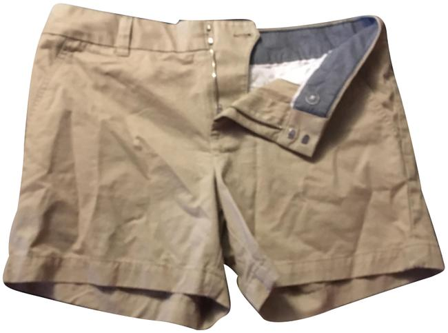 Preload https://img-static.tradesy.com/item/24106515/tommy-hilfiger-tan-shorts-size-6-s-28-0-1-650-650.jpg