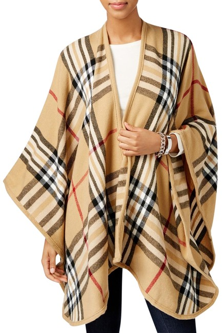 Item - Beige Exploded Plaid Poncho/Cape Size OS (one size)