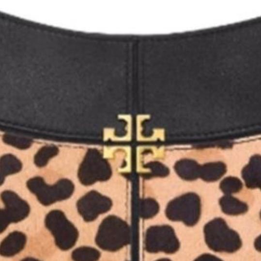Preload https://img-static.tradesy.com/item/24106640/tory-burch-ivy-hobo-leopard-leathercalf-hair-satchel-0-6-540-540.jpg