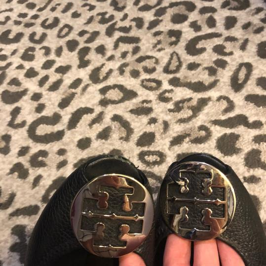 Tory Burch black with silver hardware Pumps