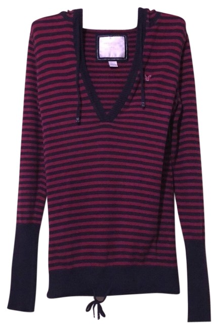 Preload https://img-static.tradesy.com/item/24106865/american-eagle-outfitters-red-sweater-0-1-650-650.jpg