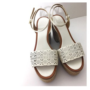 Tory Burch White Tan Sandals