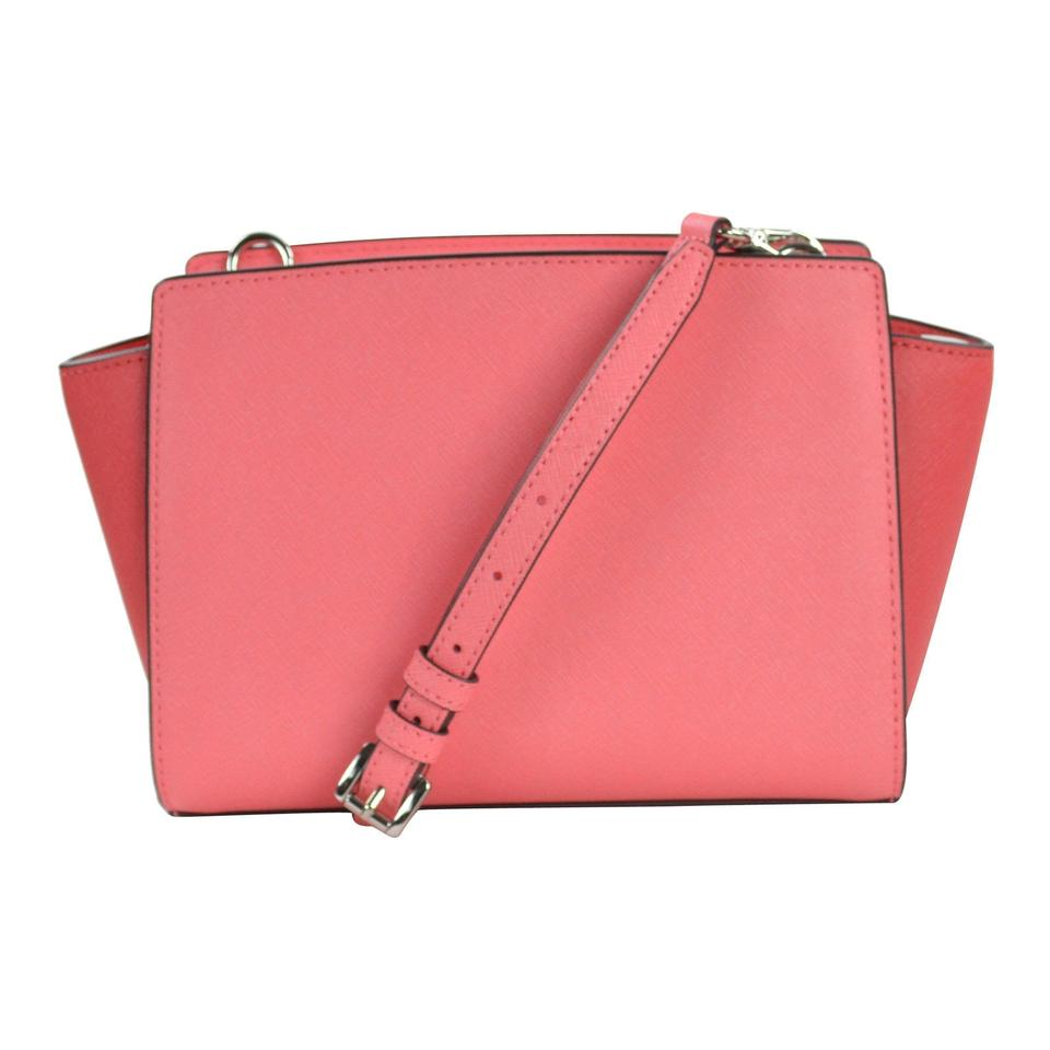 316adaee9606 Michael Kors Color Selma Medium Coral/Watermelon/White Leather Messenger Bag