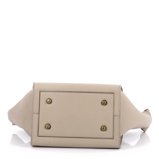 Céline Leather Tote in beige Image 4